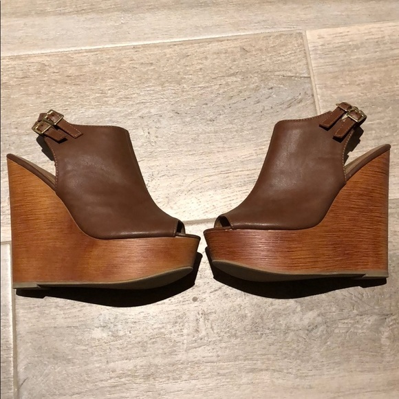 1a414412d Soda brand Brown wedges. M 5b4980bbe944ba6f427fc32c